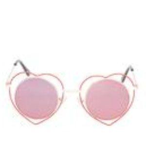 Betsey Johnson- Heart Rimmed Round Sun Glasses-Red